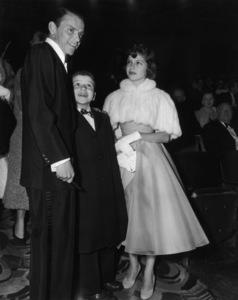 """The 26th Annual Academy Awards""Frank Sinatra, Nancy Sinatra, Frank Sinatra Jr.1954** I.V. - Image 17172_0035"