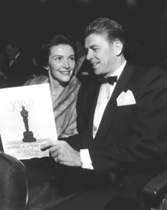 """Academy Awards: 26th Annual""Ronald Reagan and wife Nancy Reagan1954** I.V. - Image 17172_0038"