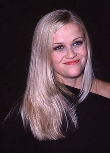 """Way Of The Gun, The"" Premiere.8/29/00.  Reese Witherspoon. © 2000 Glenn Weiner - Image 17182_0004"