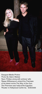 """""""Way Of The Gun, The"""" Premiere.8/29/00.  Reese Witherspoon withhusband Ryan Phillipe. © 2000 Glenn Weiner - Image 17182_0100"""