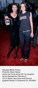 """This Is Spinal Tap"" Premiere (Re-release).9/5/2000.  Jamie Lee Curtis with daughterAnnie. © 2000 Glenn Weiner - Image 17198_0102"