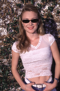 """""""Celebrity Server Dinner - 7th Annual,""""9/24/00.  Lauren Woodland. © 2000 Scott Weiner - Image 17233_0002"""