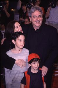 """Bedazzled"" Premiere.Harold Ramis, wife Erica Mann, andkids Julian and Daniel.  10/17/00. © 2000 Scott Weiner - Image 17264_0010"