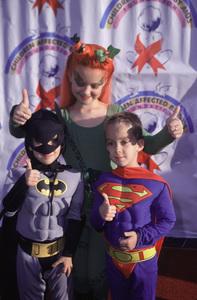 Madylin Sweeten, Sawyer Sweeten, Sullivan SweetenDream Halloween 2000, 10/29/00. © 2000 Scott Weiner - Image 17275_0007