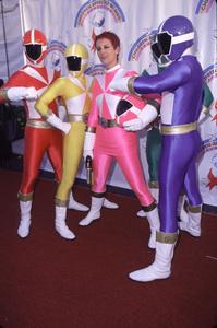 Jamie Lee Curtis & Power RangersDream Halloween 2000, 10/29/00. © 2000 Scott Weiner - Image 17275_0013