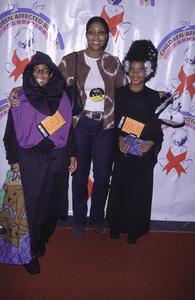 Cookie Johnson with kids E. J. & Larry.Dream Halloween 2000, 10/29/00. © 2000 Glenn Weiner - Image 17275_0023