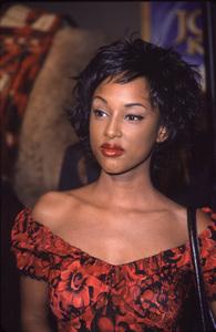 "Trini McGee Davis""Joseph: King Of Dreams"" Premiere, 10/30/00. © 2000 Glenn Weiner - Image 17278_0004"