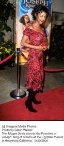 "Trini Mcgee Davis""Joseph: King Of Dreams"" Premiere, 10/30/00. © 2000 Glenn Weiner - Image 17278_0100"
