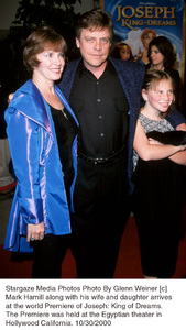 "Mark Hamill, wife Marilou, daughter.""Joseph: King Of Dreams"" Premiere, 10/30/00. © 2000 Glenn Weiner - Image 17278_0102"