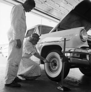 Female Mechanics1955© 1978 Sid Avery - Image 17293_0001