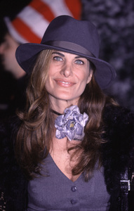 """Hilary Shepard""""How The Grinch Stole Christmas"""" Premiere, 11/8/00. © 2000 Glenn Weiner - Image 17300_0005"""