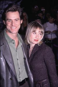 "Jim Carrey, Renee Zellweger""How The Grinch Stole Christmas"" Premiere, 11/8/00. © 2000 Glenn Weiner - Image 17300_0029"