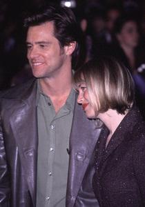 "Jim Carrey, Renee Zellweger""How The Grinch Stole Christmas"" Premiere, 11/8/00. © 2000 Glenn Weiner - Image 17300_0032"