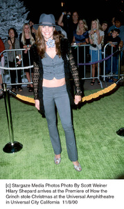"""Hilary Shepard""""How The Grinch Stole Christmas"""" Premiere, 11/8/00. © 2000 Scott Weiner - Image 17300_0107"""
