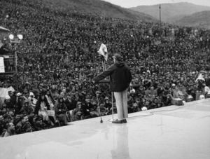 Bob Hope & his audience during a U.S.O.Christmas tour in Southeast Asia1966Photo By Gerald SmithMPTV - Image 173_492