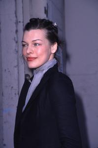 Milla JovovichDesigner Garage Sale Super Saturday L.A., 11/18/00. © 2000 Glenn Weiner - Image 17320_0016