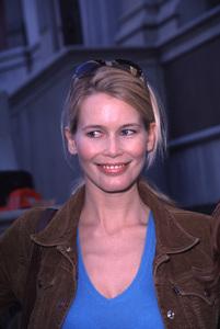 Claudia SchifferDesigner Garage Sale Super Saturday L.A., 11/18/00. © 2000 Scott Weiner - Image 17320_0019