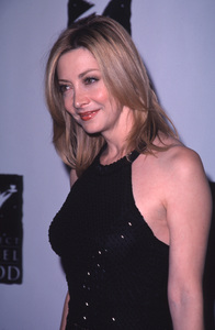 "Sharon Lawrence""Divine Design Gala: 8th Annual,"" 11/30/00. © 2000 Glenn Weiner - Image 17334_0001"