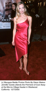 "Jennifer Gareis""Cast Away"" Premiere, 12/7/00. © 2000 Glenn Weiner - Image 17345_0101"