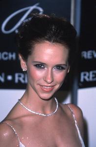 "Jennifer Love Hewitt""Fire And Ice Ball: 10th Annual,"" 12/11/00. © 2000 Glenn Weiner - Image 17348_0001"