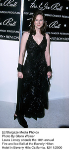 """Laura Linney""""Fire And Ice Ball: 10th Annual,"""" 12/11/00. © 2000 Glenn Weiner - Image 17348_0104"""