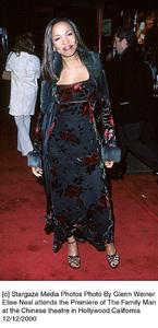 "Elise Neal""Family Man, The"" Premiere, 12/12/00. © 2000 Glenn Weiner - Image 17355_0110"