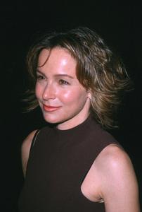 "Jennifer Grey""State And Main"" Premiere, 12/18/00. © 2000 Scott Weiner - Image 17394_0001"