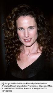 "Andie McDowell""State And Main"" Premiere, 12/18/00. © 2000 Scott Weiner - Image 17394_0107"