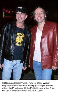 "Billy Bob Thornton, Dwight Yoakam""All The Pretty Horses"" Premiere, 12/17/00. © 2000 Glenn Weiner - Image 17395_0108"
