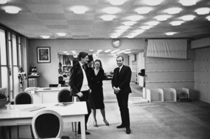 Yves St. Laurent in his studio with photographer Mark Shawcirca 1960© 2014 Mark Shaw - Image 17397_0012
