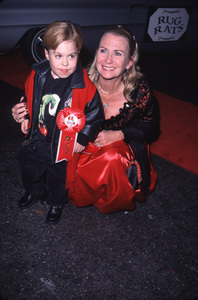 "Josh Ryan Evans, Juliet Mills""Hollywood Christmas Parade: 2000,"" 11/26/00. © 2000 Glenn Weiner - Image 17408_0009"