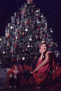 """""""The Julie Andrews Hour""""Julie Andrews1972 **H.L. - Image 17461_0002"""