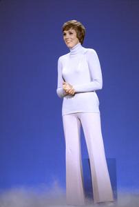 """""""The Julie Andrews Hour""""Julie Andrews1972** H.L. - Image 17461_0009"""