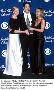 """Lisa Kudrow, David Schwimmer, Jennifer Aniston-Pitt""""People"""