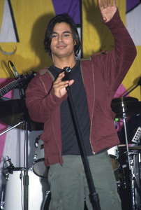 Julio Iglesias Jr.Aids Walk: 2000 (New York) © 2000 Ariel Ramerez - Image 17538_0102