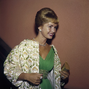 """The 32nd Annual Academy Awards""Debbie Reynolds1960© 1978 Bernie Abramson - Image 1757_0013"