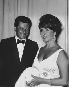 """Academy Awards: 32nd Annual""Eddie Fisher, Elizabeth Taylor1960**I.V. - Image 1757_0042"