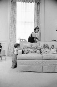 John Kennedy Jr. and Caroline Kennedy at The White Housecirca 1961 © 2000 Mark Shaw - Image 17572_0005