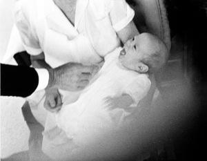John Kennedy Jr., Nanny Mrs. Maud Shaw and John F. Kennedy at The White House nursery1961 © 2000 Mark Shaw - Image 17572_0008
