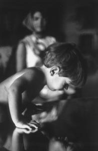 John Kennedy Jr. and Jacqueline Kennedy at Palm Beach1963 © 2000 Mark Shaw - Image 17572_0010