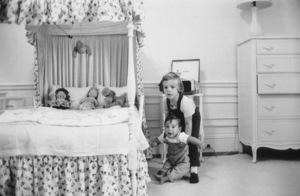 John Kennedy Jr. and Caroline Kennedy at The White Housecirca 1961 © 2000 Mark Shaw - Image 17572_0011
