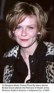"""Kirsten Dunst""""Snatch"""" Premiere, 1/18/01. © 2001 Glenn Weiner - Image 17573_0102"""