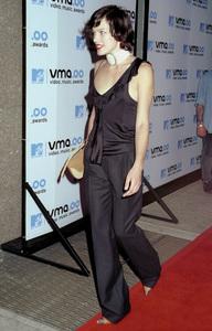 Milla JovovichMTV Video Music Awards: 2000 © 2000 Ariel Ramerez - Image 17591_0121