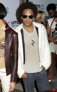Lenny KravitzMTV Video Music Awards: 2000 © 2000 Ariel Ramerez - Image 17591_0144