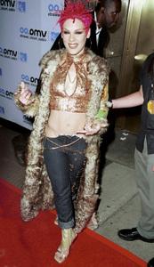 PinkMTV Video Music Awards: 2000 © 2000 Ariel Ramerez - Image 17591_0147