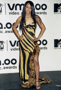 AaliyahMTV Video Music Awards: 2000 © 2000 Ariel Ramerez - Image 17591_0160