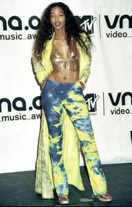 Ananda LewisMTV Video Music Awards: 2000 © 2000 Ariel Ramerez - Image 17591_0162