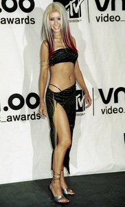 Christina AguileraMTV Video Music Awards: 2000 © 2000 Ariel Ramerez - Image 17591_0165