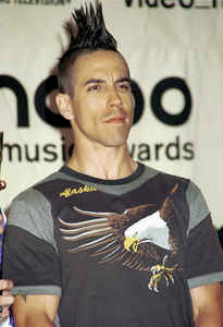 PinkMTV Video Music Awards: 2000 © 2000 Ariel Ramerez - Image 17591_0197