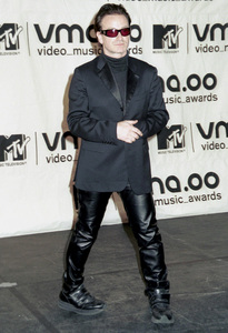 BonoMTV Video Music Awards: 2000 © 2000 Ariel Ramerez - Image 17591_0200
